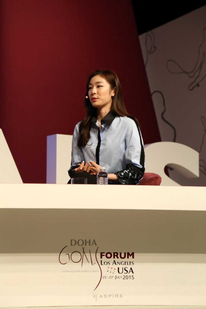 Юна Ким A04-kim22-682x1024