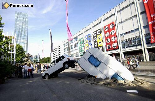 faut apprendre à conduire.... - Page 14 Accident2