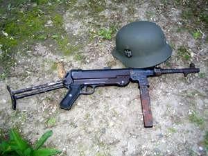 Nemecké zbrane 06%2520Nemecko%2520MP40
