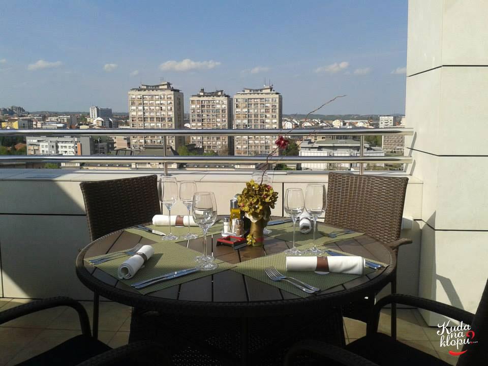 Kafa sa pogledom 00491-kragujevac-restoran-panorama