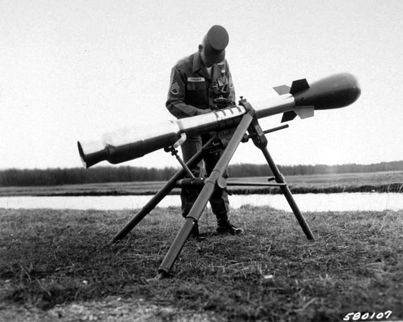 Ecraser l'image du dessus Bazooka-nucleaire