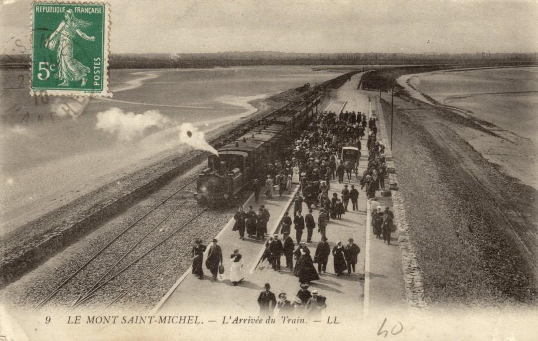 Le Mont Saint michel à l'époque du train à vapeur Train-vapeur-mont-saint-michel-15-1080x685