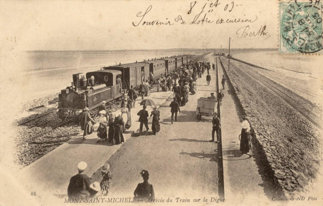 Le Mont Saint michel à l'époque du train à vapeur Train-vapeur-mont-saint-michel-22-1080x688