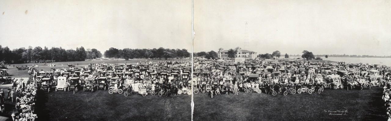 Des photos panoramiques anciennes de véhicules (Reportage photo) By Laboiteverte 08-Auto-panorama-detroit-1909-1280x397