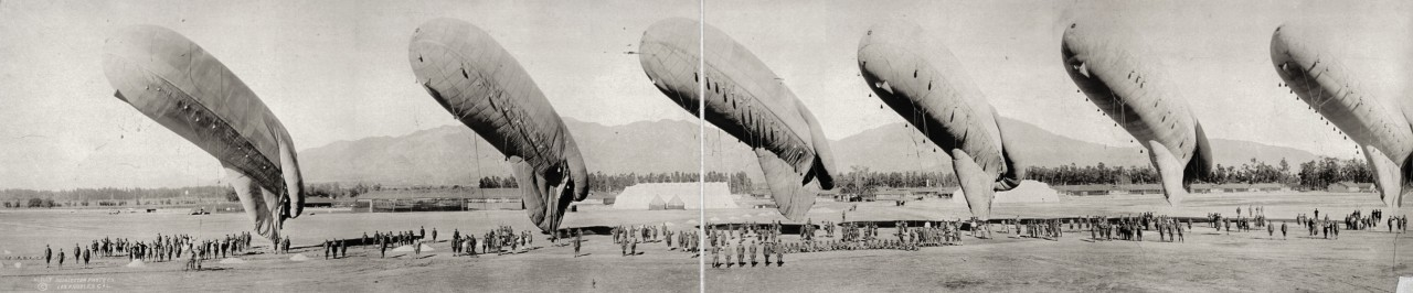 Des photos panoramiques anciennes de véhicules (Reportage photo) By Laboiteverte 10-Balloons-at-inspection-Arcadia-Calif-1919-1280x266