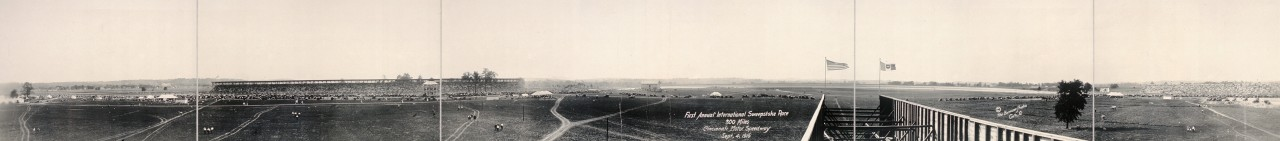 Des photos panoramiques anciennes de véhicules (Reportage photo) By Laboiteverte 17-First-Annual-International-Sweepstake-Race-300-miles-Cincinnati-Motor-Speedway-Sept-4-1916-1280x141