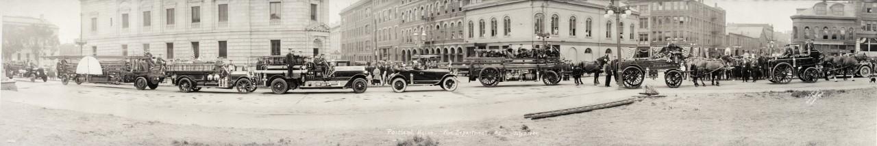 Des photos panoramiques anciennes de véhicules (Reportage photo) By Laboiteverte 33-Portland-Maine-Fire-Department-2-July-3-1920-1280x214
