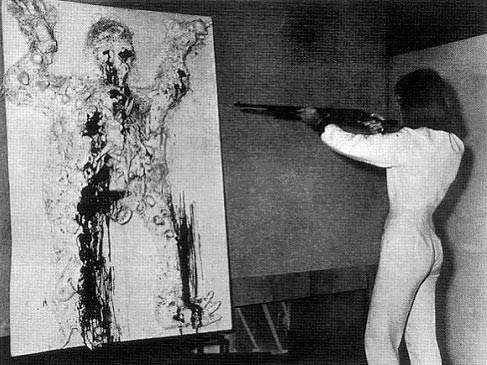 La sculpture du XXe siècle, qui me plaît Niki-de-Saint-Phalle_fusil