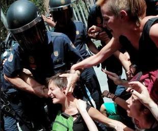 """La """"llave del sueño"""". Técnica policial contra manifestantes. Llave_sueno"""