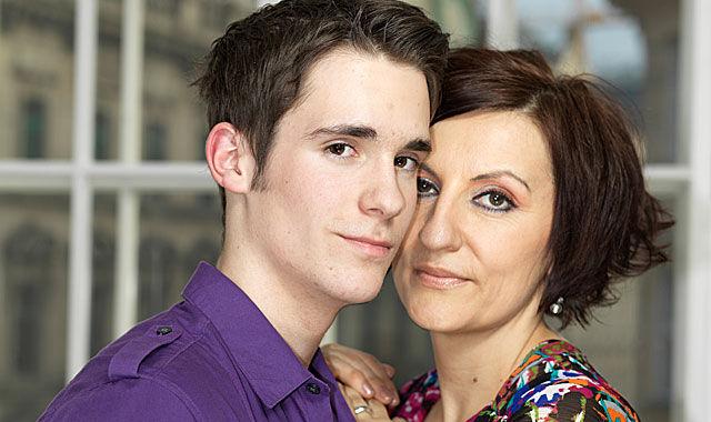 Një histori dashurie është duke skandalizuar Austrinë, pasi një grua 42-vjeçare dhe një djalë 15-vje 102488