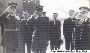 Enver Hoxha dhe partizanet e tij.... - Faqe 2 Hoxhatito1-300x178