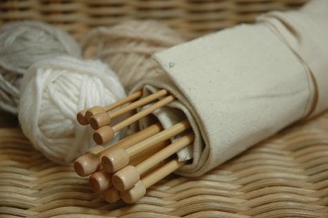 حافظة لأدوات الاشغال اليدوية و الخياطة  123795d1340429102-a-dsc_0858