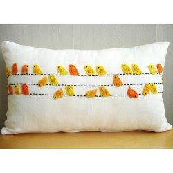 اضيفي لمساتك ... لمخداتك  125732d1342167421-a-birdswhite-linen-pillow-cover_98f4a915
