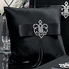 اضيفي لمساتك ... لمخداتك  125735d1342167582-a-crowned-jewel-ring-pillow-sm