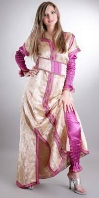 المرأة المغربية CAFTAN 090128165312TYGC