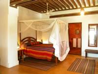 Kijani House Hotel Kijanibedroom1_th