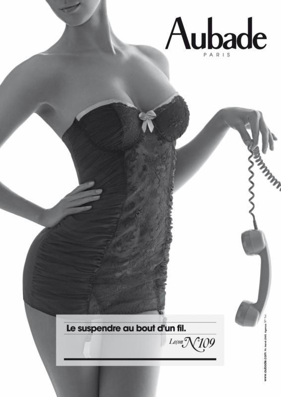le compte en image - Page 4 Aubade_109_le_suspendre_au_bout_d_un_fil