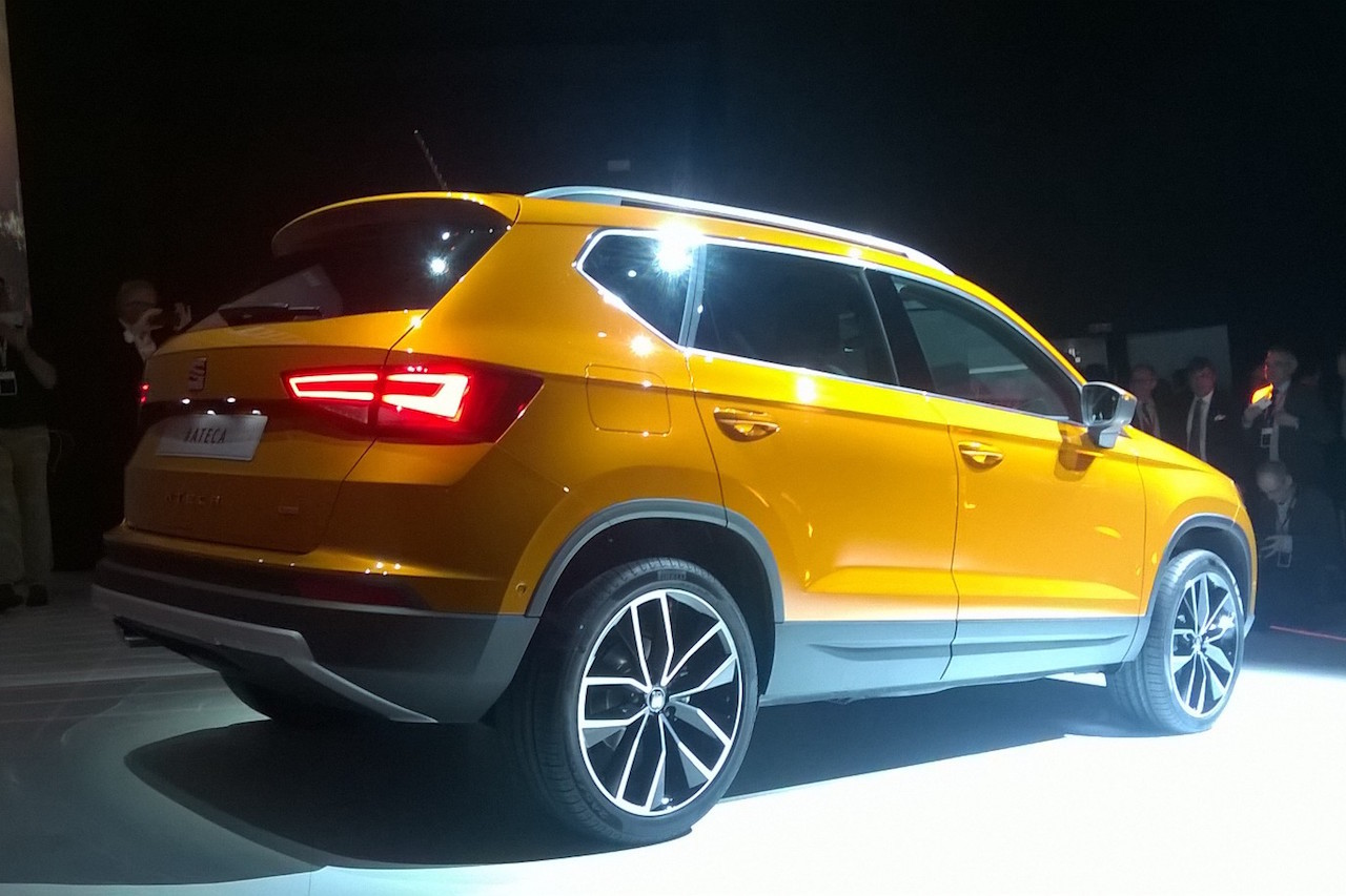 2016 - [Seat] Ateca - Page 14 3-4-arriere-seat-ateca-2016
