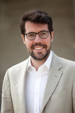 Antón Larraz 1_AlbertBatallaiSiscart