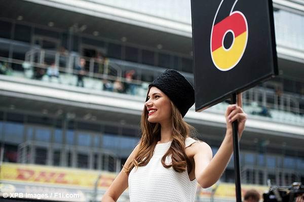 Les Filles sur la grille en F1 - 2015 2015-10-11_russie_24