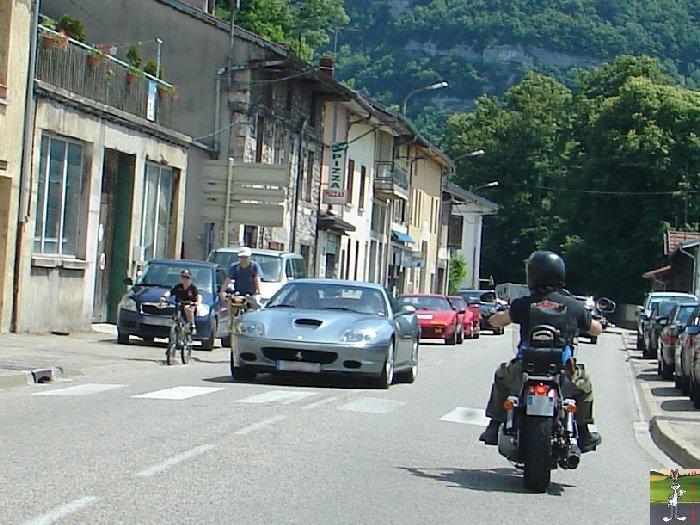 Ferrari sur les routes et autoroutes 0006_Ferrari_La_Cluse_Ain_01