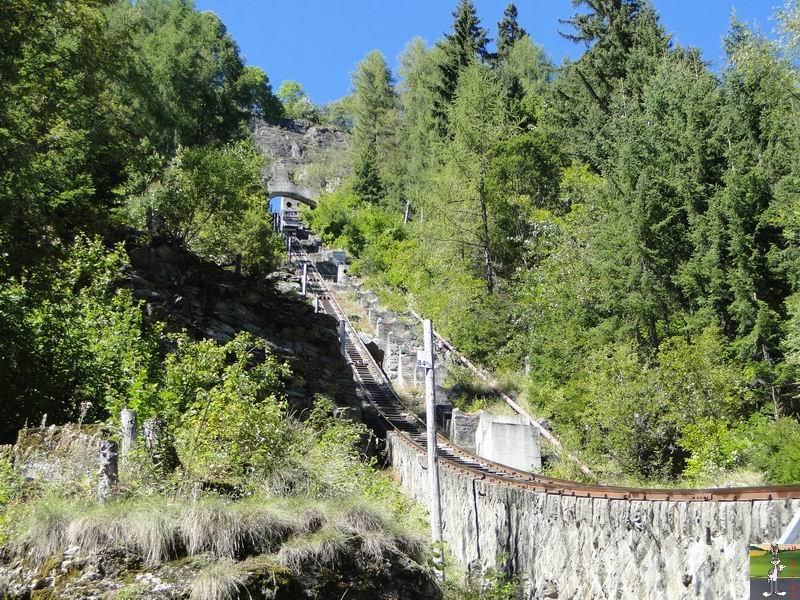 Funiculaire Châtelard - Château d'Eau (VS, Suisse) (11-09-2010) Chatelard_Chateau_d_eau_004