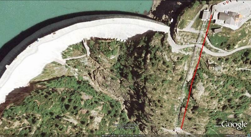 Funiculaire Pied du barrage - Lac d'Emosson (VS, Suisse) (11-09-2010)  Minifunic_Emosson_001