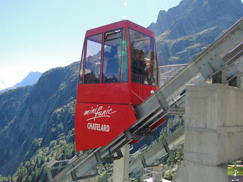 Funiculaire Pied du barrage - Lac d'Emosson (VS, Suisse) (11-09-2010)  Minifunic_Emosson_008