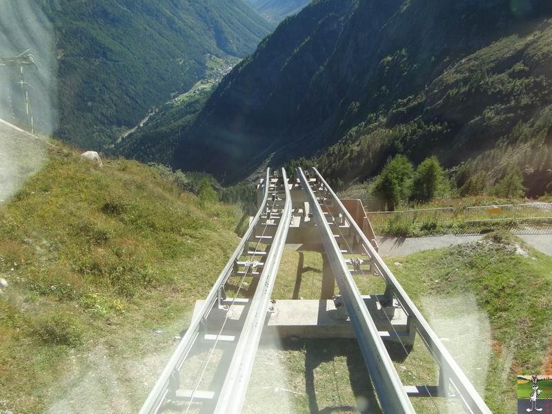Funiculaire Pied du barrage - Lac d'Emosson (VS, Suisse) (11-09-2010)  Minifunic_Emosson_027
