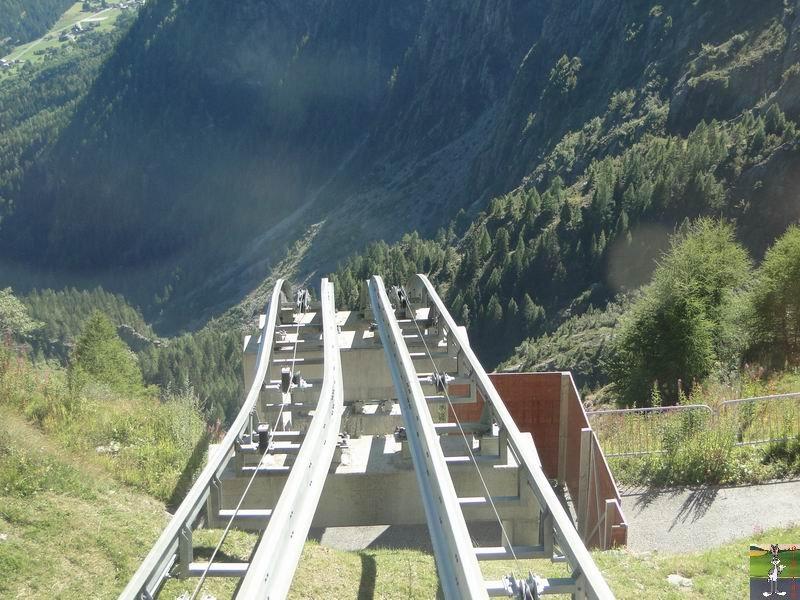Funiculaire Pied du barrage - Lac d'Emosson (VS, Suisse) (11-09-2010)  Minifunic_Emosson_029