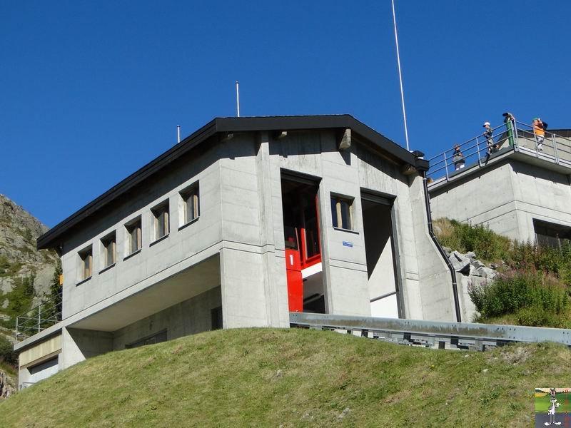 Funiculaire Pied du barrage - Lac d'Emosson (VS, Suisse) (11-09-2010)  Minifunic_Emosson_033