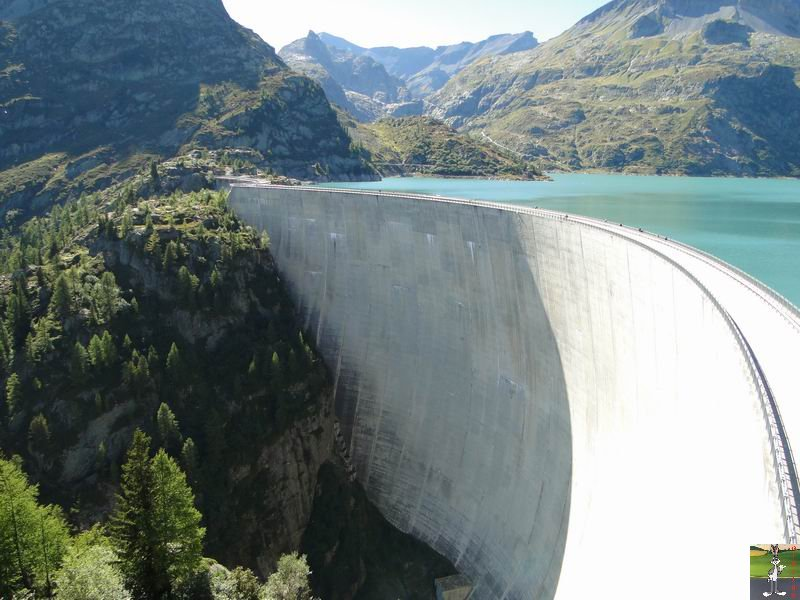 Funiculaire Pied du barrage - Lac d'Emosson (VS, Suisse) (11-09-2010)  Minifunic_Emosson_037