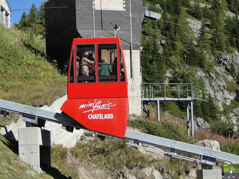 Funiculaire Pied du barrage - Lac d'Emosson (VS, Suisse) (11-09-2010)  Minifunic_Emosson_043