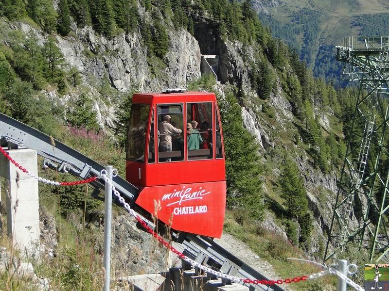 Funiculaire Pied du barrage - Lac d'Emosson (VS, Suisse) (11-09-2010)  Minifunic_Emosson_044