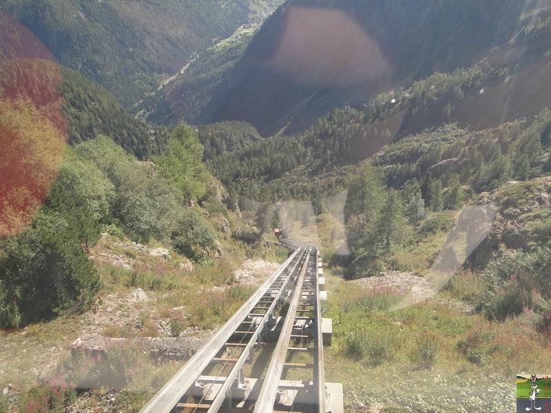 Funiculaire Pied du barrage - Lac d'Emosson (VS, Suisse) (11-09-2010)  Minifunic_Emosson_049