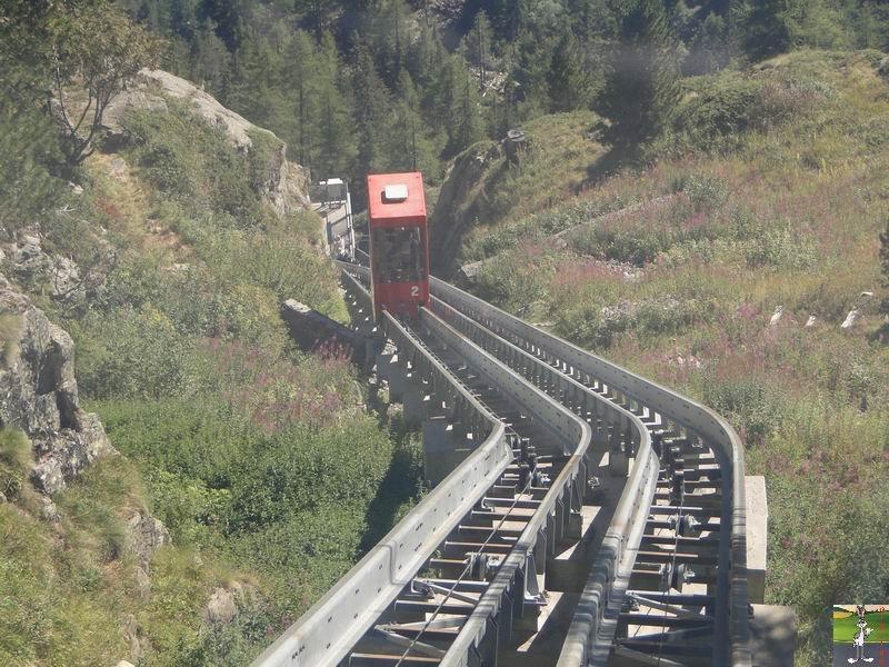 Funiculaire Pied du barrage - Lac d'Emosson (VS, Suisse) (11-09-2010)  Minifunic_Emosson_050