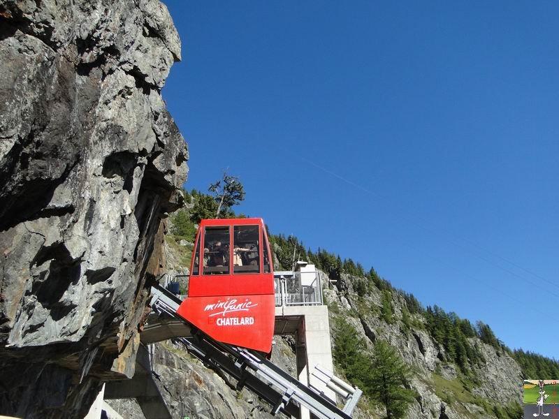 Funiculaire Pied du barrage - Lac d'Emosson (VS, Suisse) (11-09-2010)  Minifunic_Emosson_058