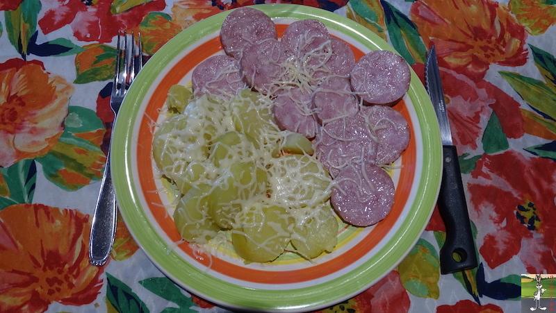 Mes plats que j'ai fait - Page 6 2020-07-05_saucisse_morteau_pomme_vapeur_01