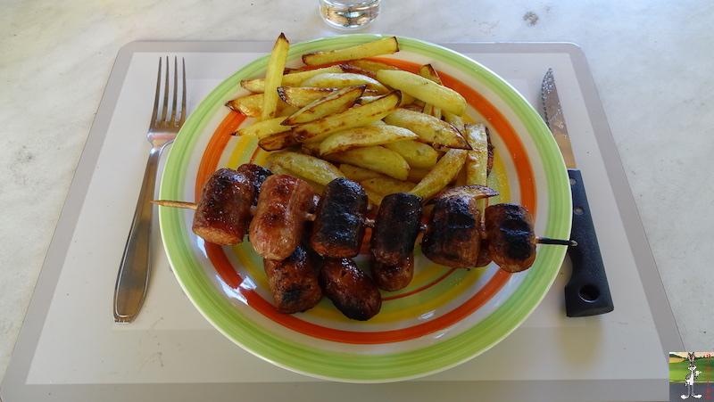 Mes plats que j'ai fait - Page 6 2020-07-19_brochettes_saucisses_frites_maison_04