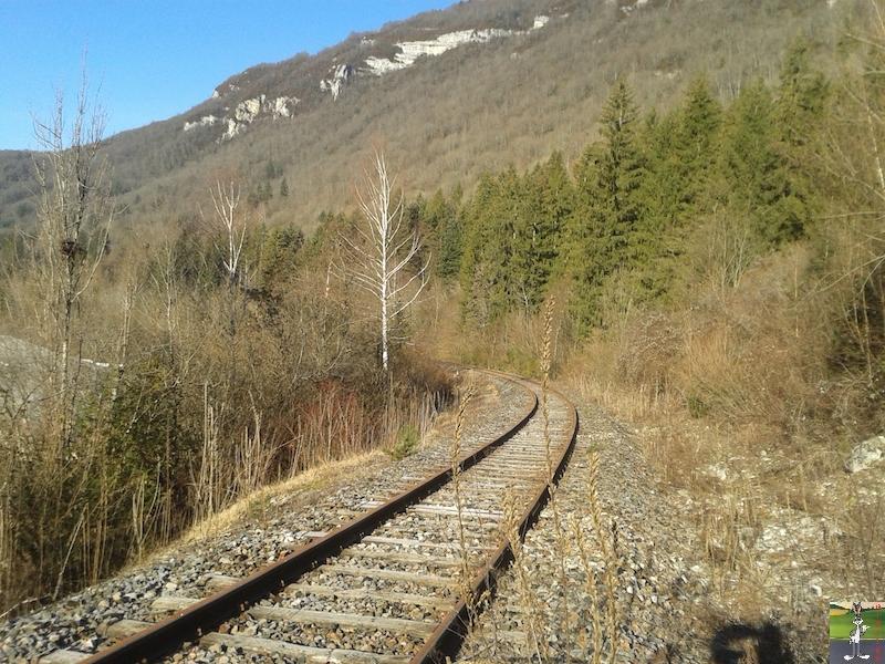 [39-FR] : 2019-01-04 : Vestiges ligne St-Claude (39) <--> Oyonnax (01) 2019-01-04_train_stc_O_01