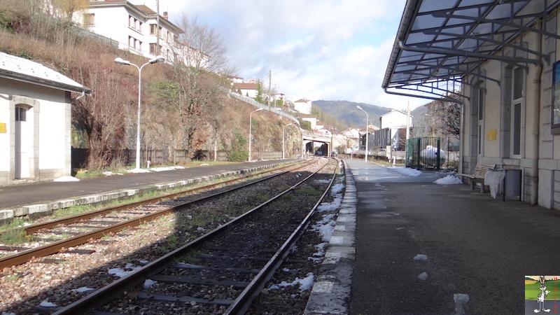 [39-FR] : 2017-12-08 : Dernier voyage d'un train à St-Claude 2017-12-08_gare_st_claude_04