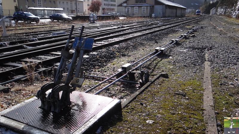 [39-FR] : 2017-12-08 : Dernier voyage d'un train à St-Claude 2017-12-08_gare_st_claude_10