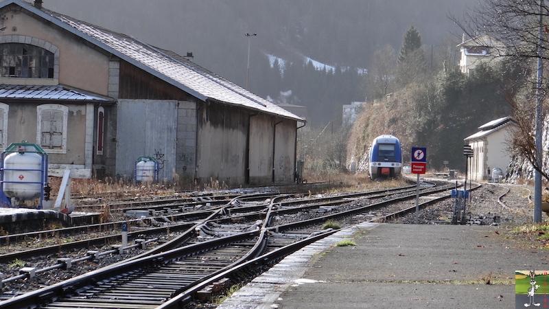 [39-FR] : 2017-12-08 : Dernier voyage d'un train à St-Claude 2017-12-08_gare_st_claude_11