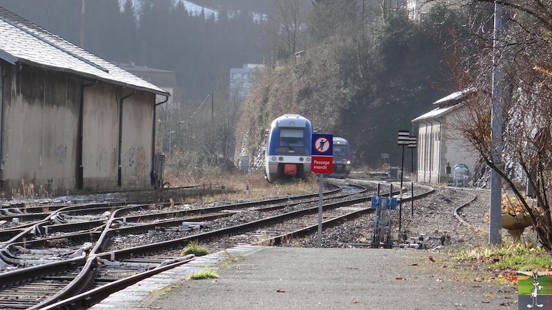 [39-FR] : 2017-12-08 : Dernier voyage d'un train à St-Claude 2017-12-08_gare_st_claude_16