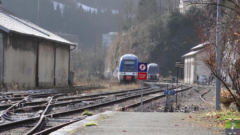 [39-FR] : 2017-12-08 : Dernier voyage d'un train à St-Claude 2017-12-08_gare_st_claude_17