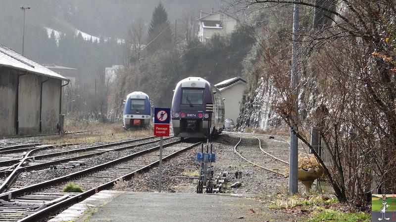 [39-FR] : 2017-12-08 : Dernier voyage d'un train à St-Claude 2017-12-08_gare_st_claude_31