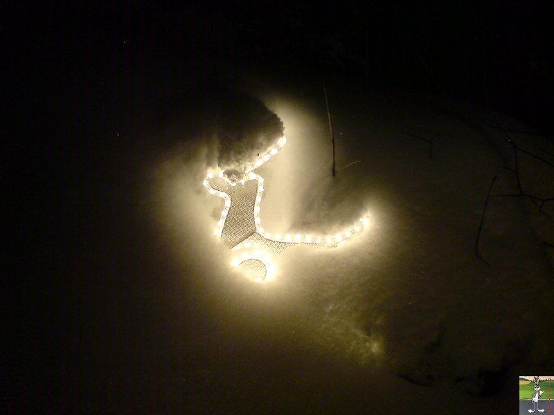 2010-02-11 : déco de Noël sous la neige 2010-02-11_deco_noel_neige_02