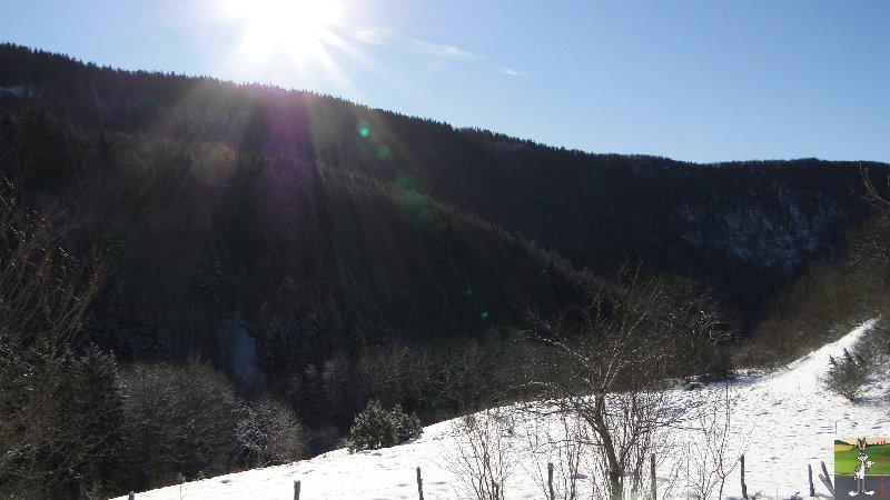 2011-12-25 : Neige et soleil à La Mainmorte (39)   2011-12-25_neige_03