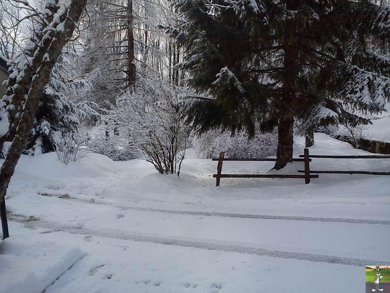 2012-02-19 : Neige à La Mainmorte (39)  2012-02-19_neige_12