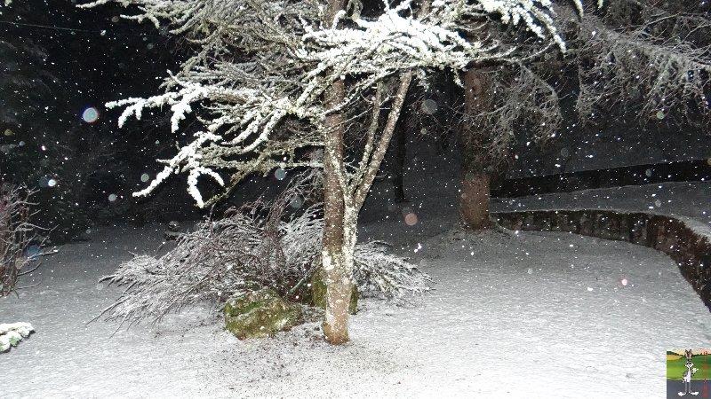 2013-04-08 : Encore et toujours de la neige à La Mainmorte (39) 2013-04-08_neige_01
